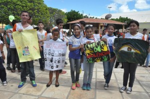Combate contra a violência sexual da criança e do adolescente é marcado com  caminhadas em Macau