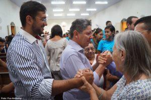 ANIVERSÁRIO: Prefeito e vice-prefeito prestigiam missa pelo aniversário do pároco João Batista